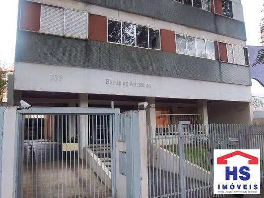 Apartamento com 2 quartos no Edf. Barão de Antonina -