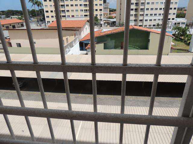 Apartamento para alugar com 3 quartos em Maraponga -