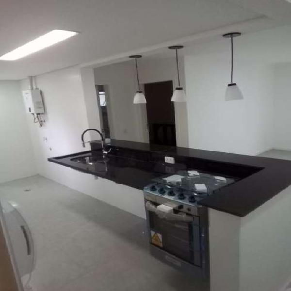 Apartamento para aluguel possui 58 metros quadrados com 1