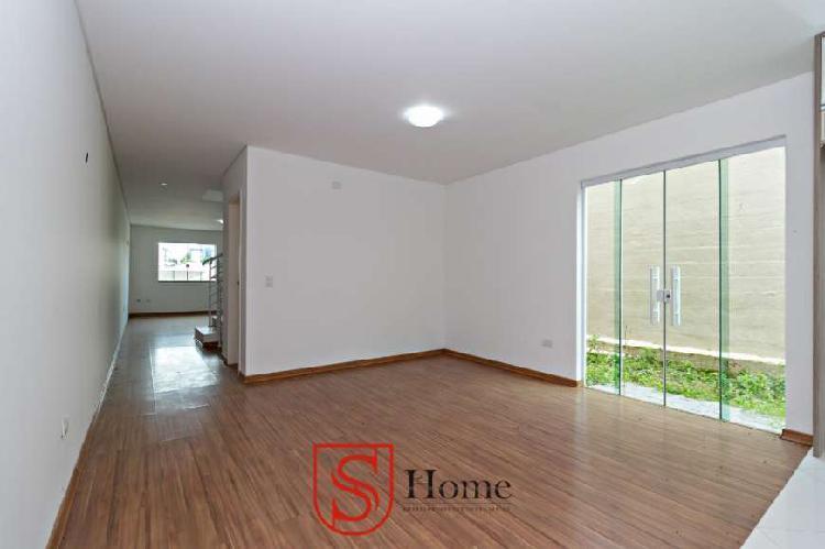 Casa com 4 quartos e 2 vagas para aluguel no Santa Cândida