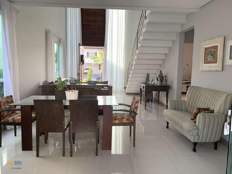 Casa de condomínio para venda 4/4 sendo 3 suítes Aruana