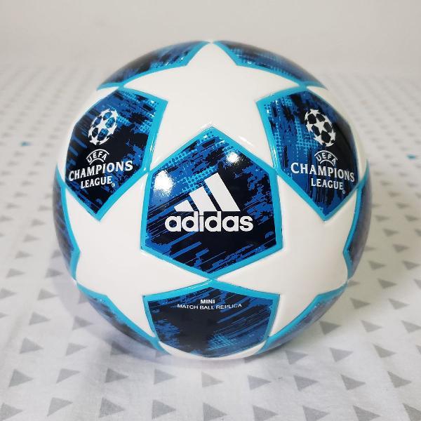 Mini Bola Adidas UEFA Champions League Finale18