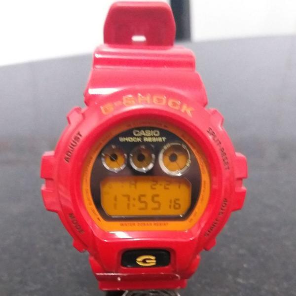 Relógio casio g shock dw 6900 CB vermelho - Usado