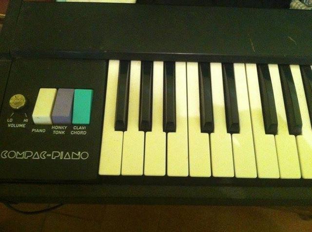 Compac Piano década de 60