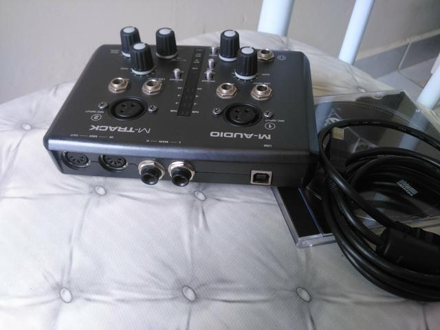 Intarface M-audio M-track usb/midi 2x2