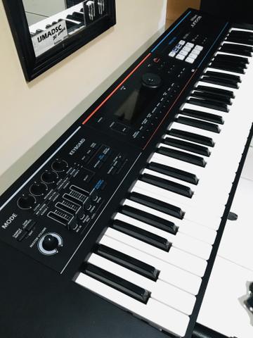 Teclado sintetizador Roland JUNO-DS 61