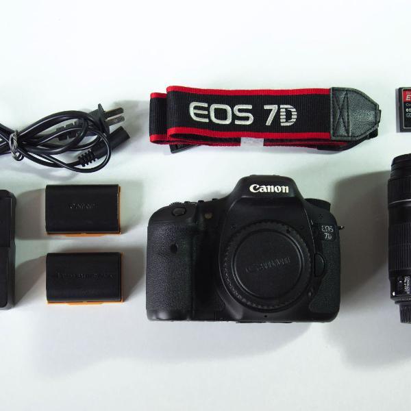 câmera canon 7d - ótimo estado (apenas 17m clics) +