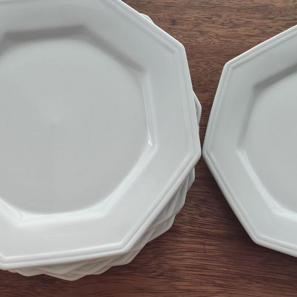 conjunto com 9 pratos rasos prisma branca schmidt