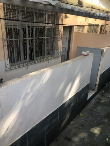 Alugo quitinete em Quintino rua Garcia Pires