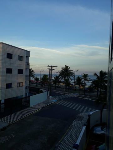 Apartamento com vista para o mar em Mongaguá.