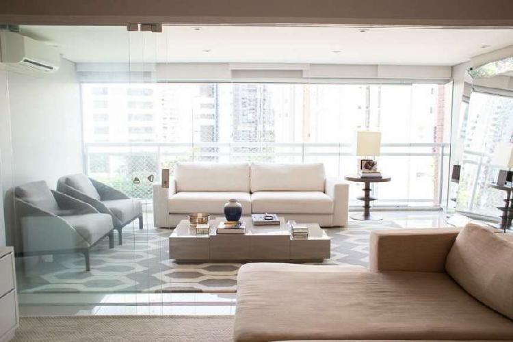 Lindo Apartamento no Brooklin lazer de Clube!!!