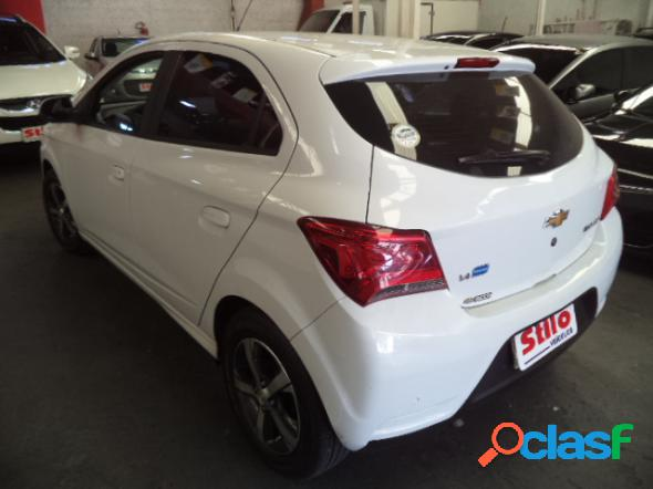 CHEVROLET ONIX HATCH LTZ 1.4 8V FLEXPOWER 5P MEC. BRANCO