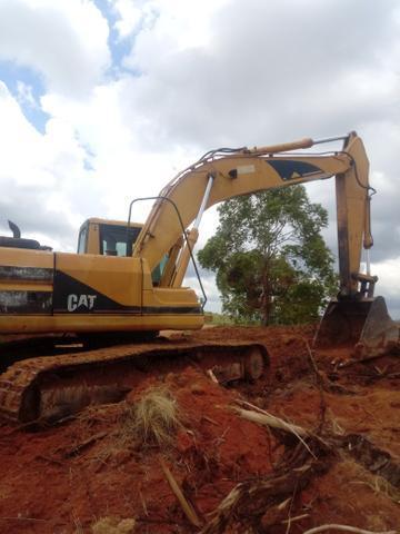 Vendo escavadeira cat 320 bl