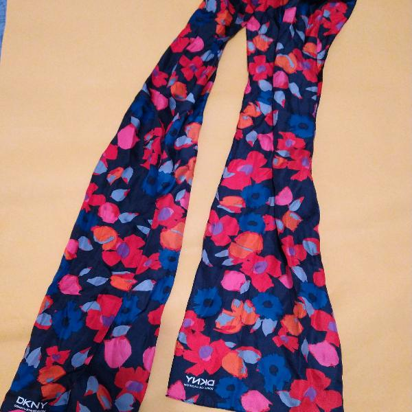 lenço feminino seda DKNY nunca usado