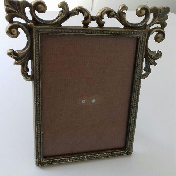Antigo porta retrato em bronze