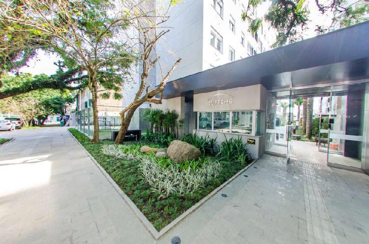 Apartamento à venda de 2 dormitórios com suíte e 1 vaga