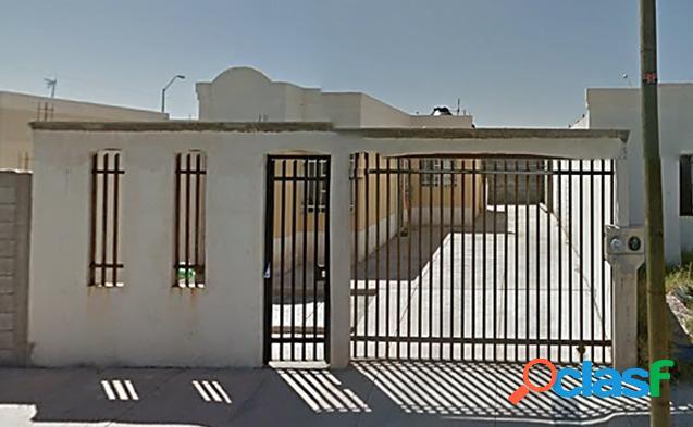 Casa en venta en Paseos del Camino Real, 2 recamaras, 520