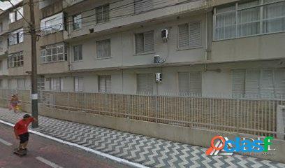 Anual - Quadra Mar - Semi mobiliado - 4 Dormitórios - 2