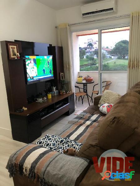 Jardim Satélite: Apartamento com 3 dormitórios (1 suíte),
