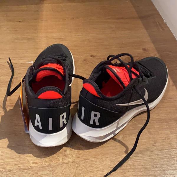 tênis nike airmax preto e vermelho (37)