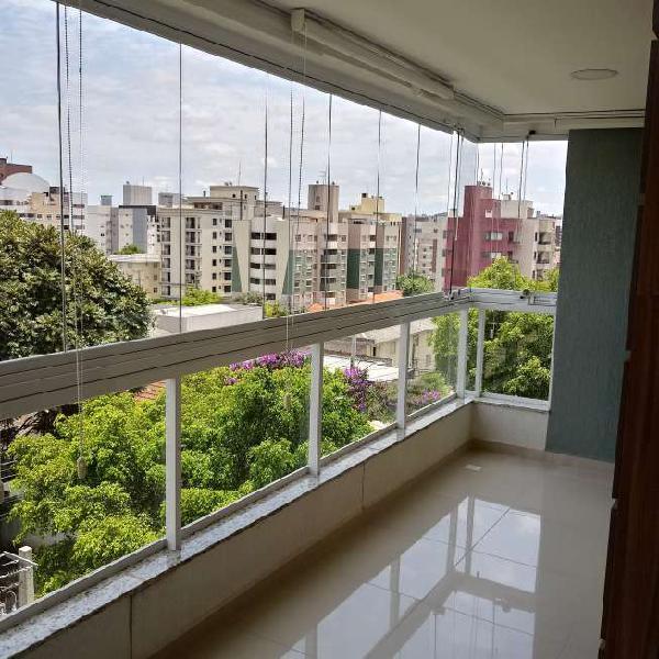 Apartamento com 102 m2 com 3 quartos na Vila Izabel - ótimo