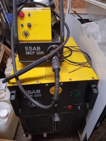 Máquina de solda Esab Lab