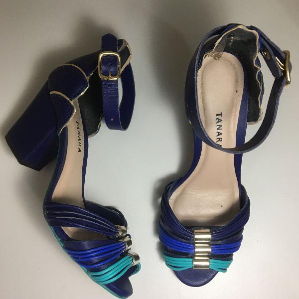sandália azul/verde salto grosso tanara