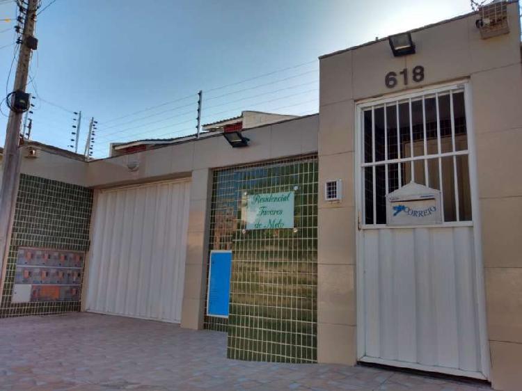 Casa Duplex em Condomínio fechado no Mondubim