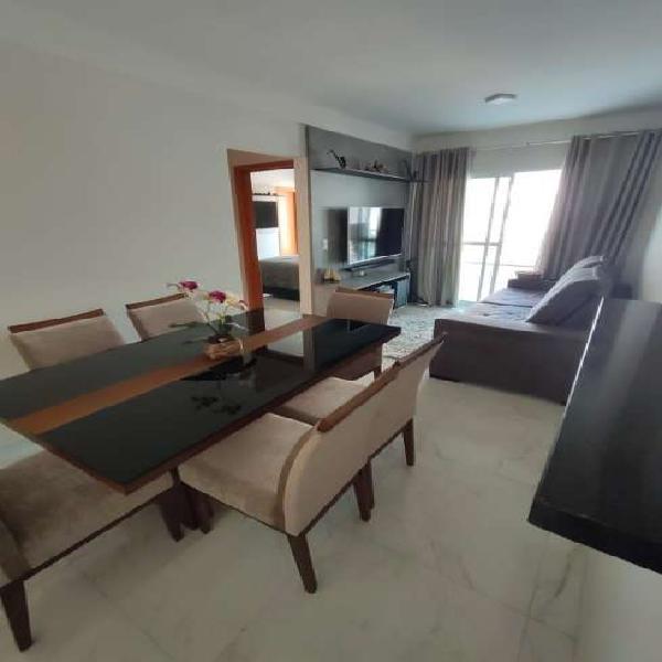 Lindo apartamento 2 dormitórios, 2 suites Mobiliado em
