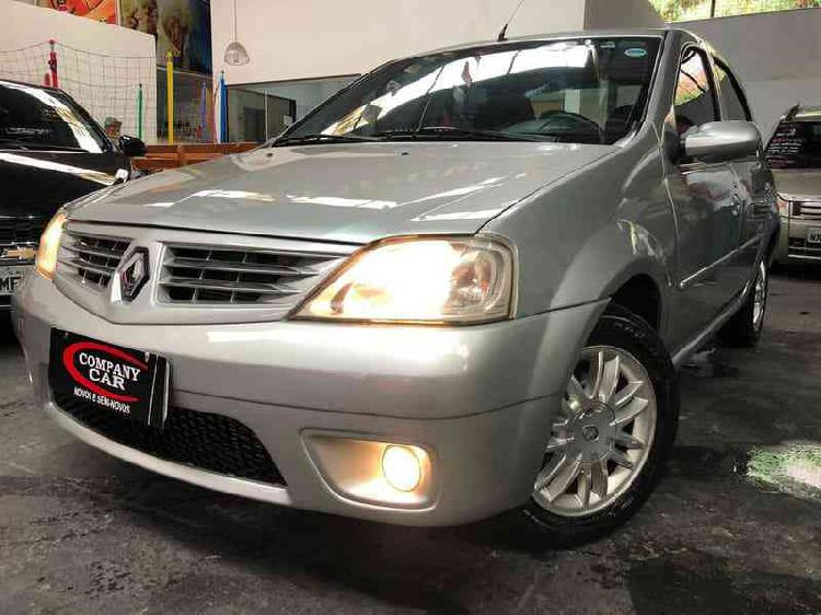 Renault Logan Privilège Hi-flex 1.6 8v 4p