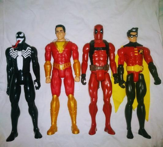 Super Herois da Hasbro 30 cm
