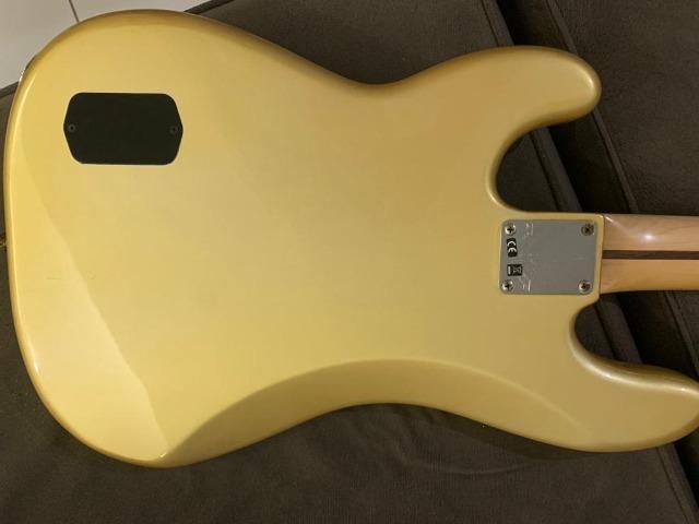 Vendo Baixo Fender Deluxe Precision 4 Cordas Ativo