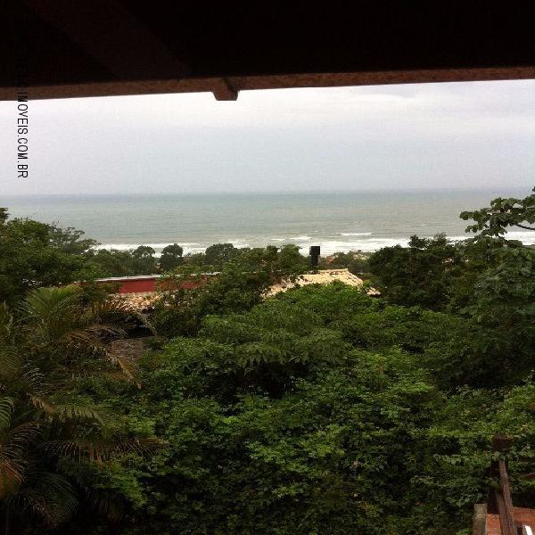 Vendo casa na Praia do Rosa com vista para o mar e escritura