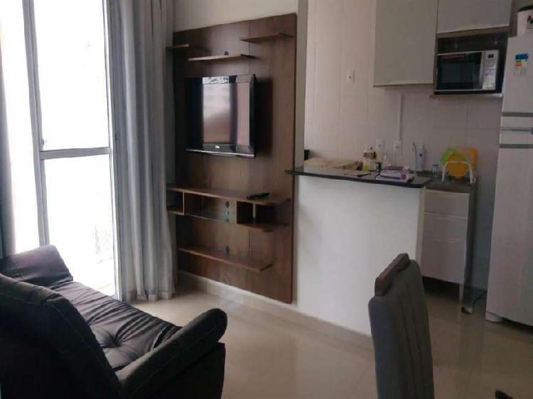 Apartamento 2 dormitórios no centro da Ocian!