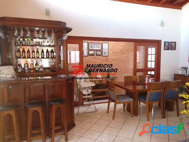 Casa Bairro Jardim Salessi, Itatiba, estuda permuta