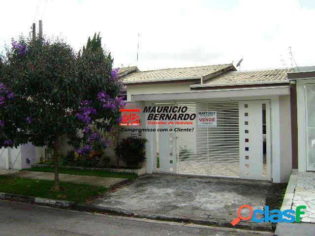 Casa Bairro planejado, Condomínio Giardino D'Italia, estuda