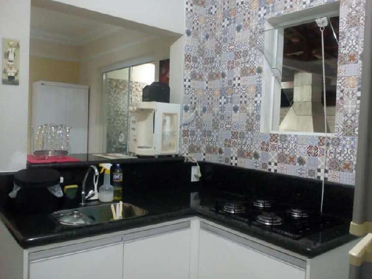 Oportunidade! Casa com 3 dormitórios no Vila Flora -