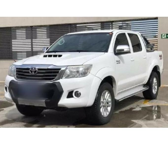 Toyota Hilux SRV 2014 4x4 Cabine Dupla