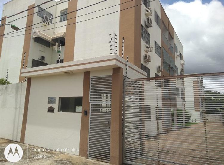Apartamento semi mobiliado no Residencial Itapuã Cuiabá-