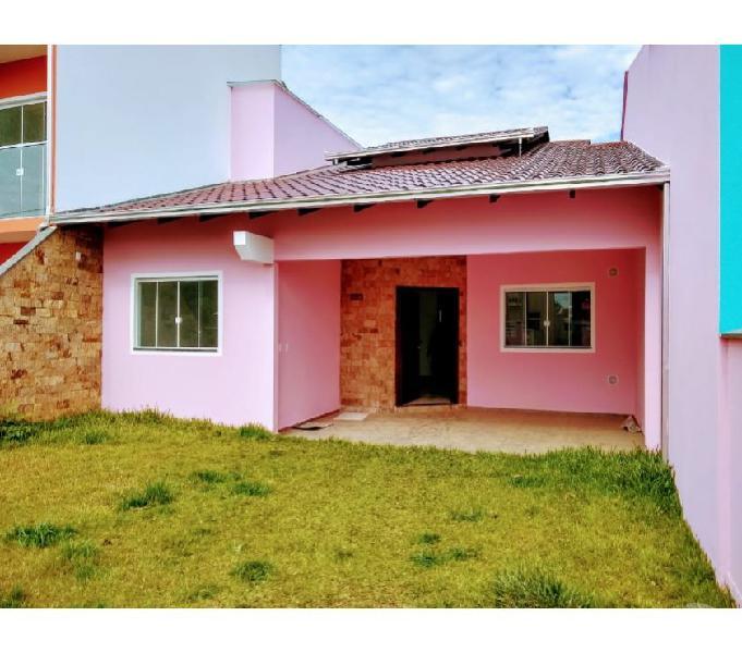 Casa nova c 3 quartos pertinho do centro de Barra Velha