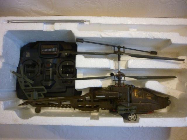 Helicoptero de controle remoto Comander Candide H-18 ? usado