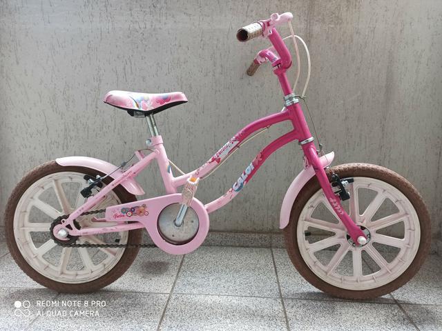 Bicicleta infantil Caloi Barbie aro 16