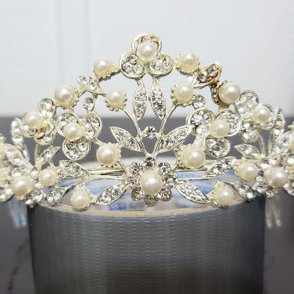 coroa Strass e pérolas para noiva