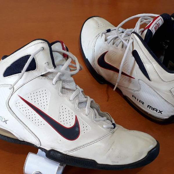 Tênis de basquete Nike air Max
