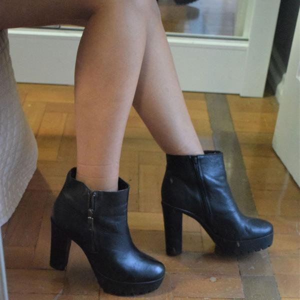 ankle boot salto grosso schutz