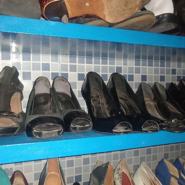 lote com 5 sapatos preto do 36 ao 39 mto bem conservados