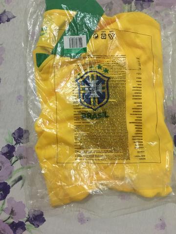 Camisa Seleção Brasileira 19/20 original GG, nunca usada