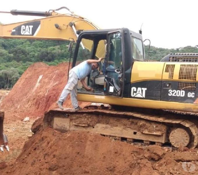 Escavadeira Caterpillar 320D GC