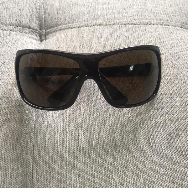oculos sol marrom chilli beans
