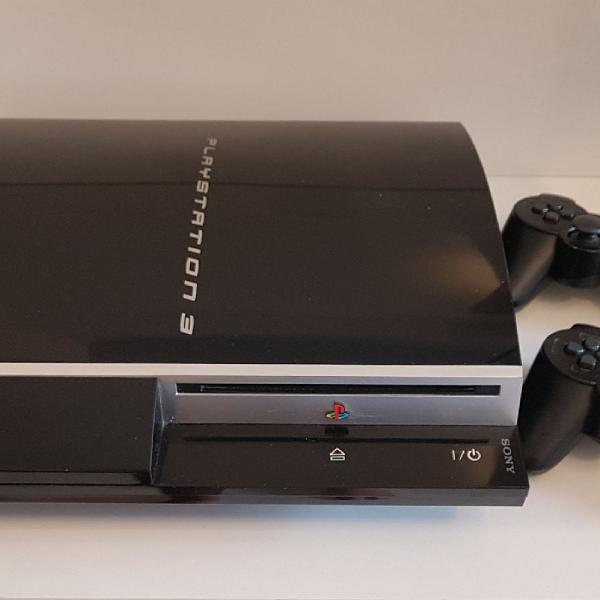 Playstation 3 Fat 80gb Original Ps3 + 2 Controles + 8 Jogos